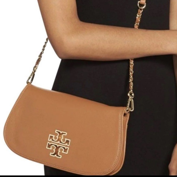 Tory Burch Handbags - Tory Burch Britten Clutch/Shoulder Bag